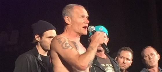 Anthony malade : Concert KROQ Weenie Roast annulé